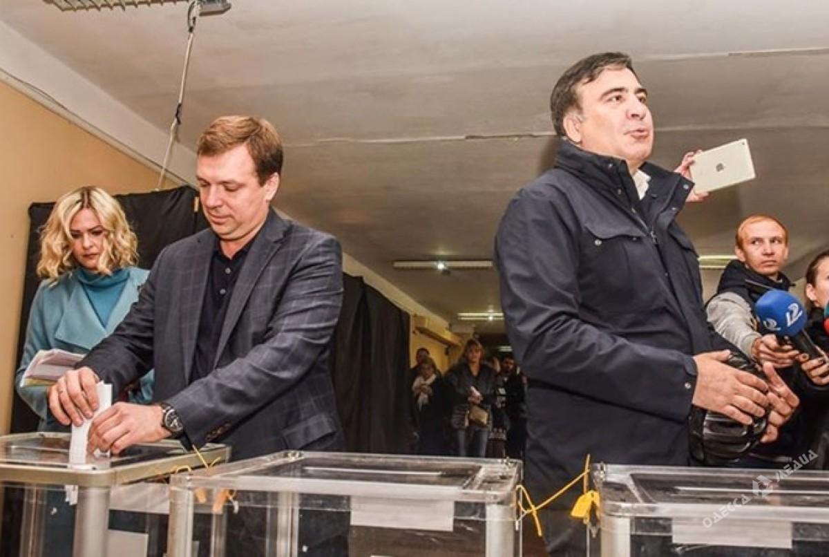 Прокуратура провела обыск у экс-губренатора Одесчины Скорика, подозреваемого в репрессиях против Евромайдана - Цензор.НЕТ 8247