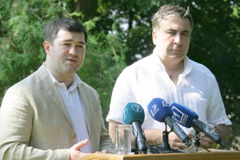 Главный фискальщик Украины требует отСаакашвили млн. грн