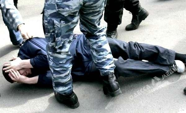 Шесть офицеров милиции будут судить за нелегальные задержания вОдесской области