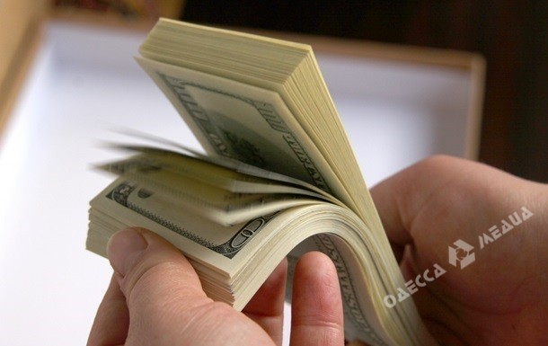 Полицейского вОдессе задержали за 10 тысяч грн взятки