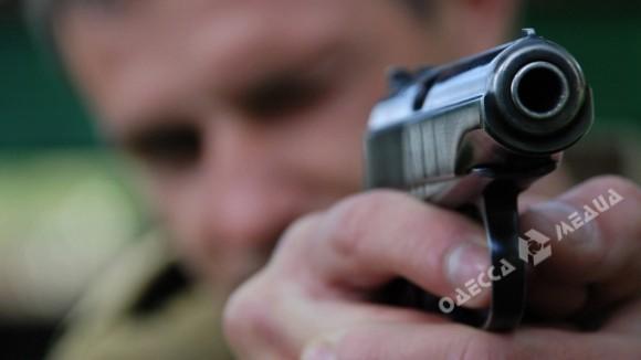 ВОдессе парень стрелял втрамвае