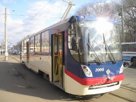 Вцентре Одессы 3-летний ребенок попал под колеса трамвая