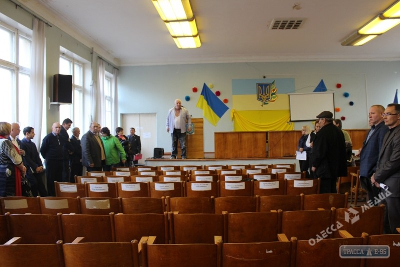 НаОдесчине депутата Оппоблока засунули вмусорный бак