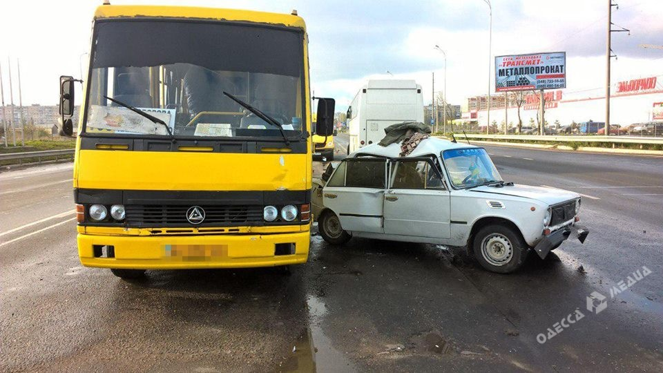 Трое детей пострадали вДТП навыезде изОдессы
