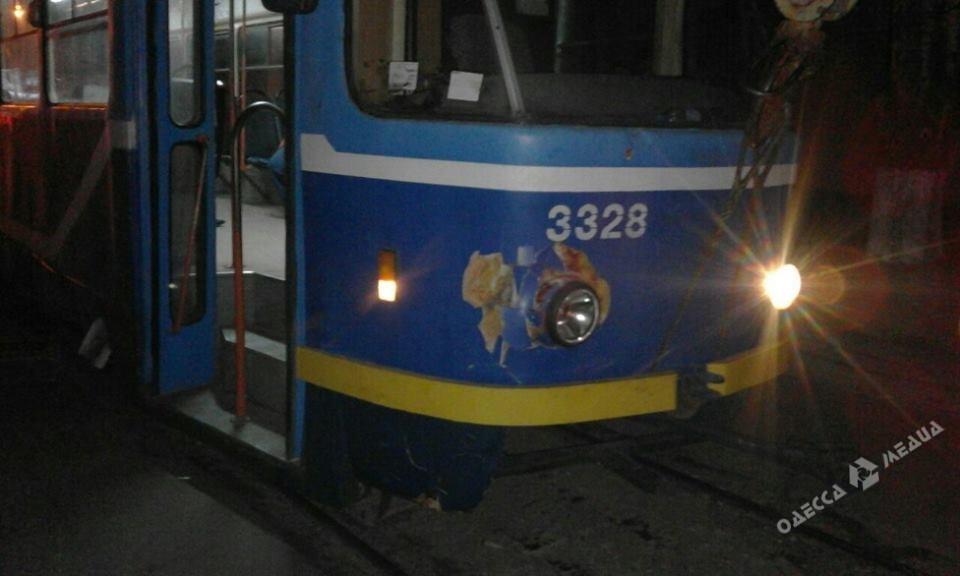 Смертельное ДТП вОдессе: трамвай насмерть сбил пешехода