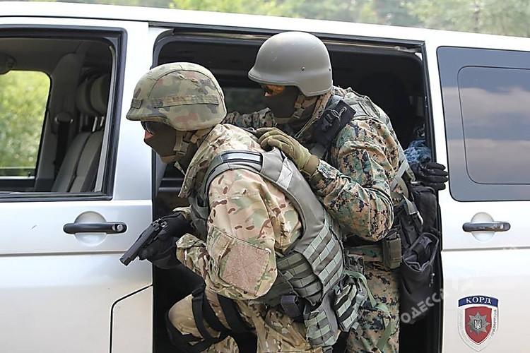 Громкое задержание вОдесской области: банда вмасках оказывала сопротивление