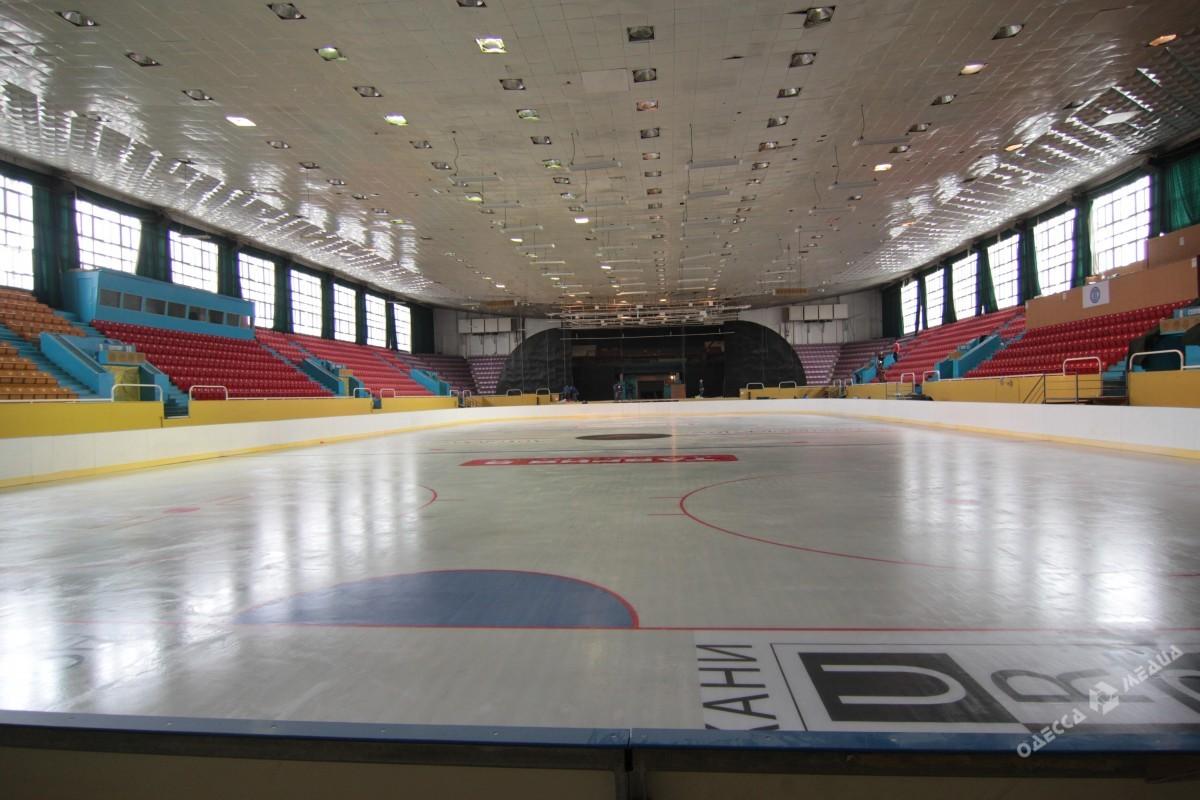 Во замке спорта открылась ледовая арена