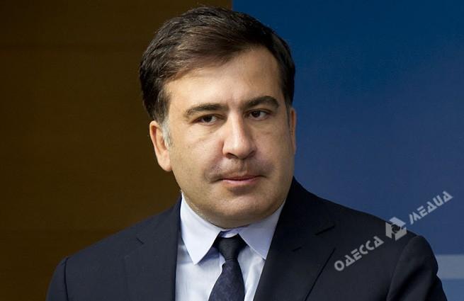 Саакашвили уходит вотставку: объявление уже вАП