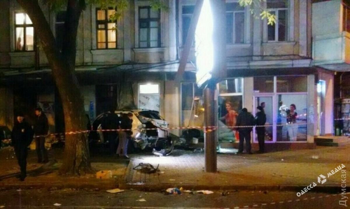 Один извиновников жуткого ДТП вОдессе сдался милиции