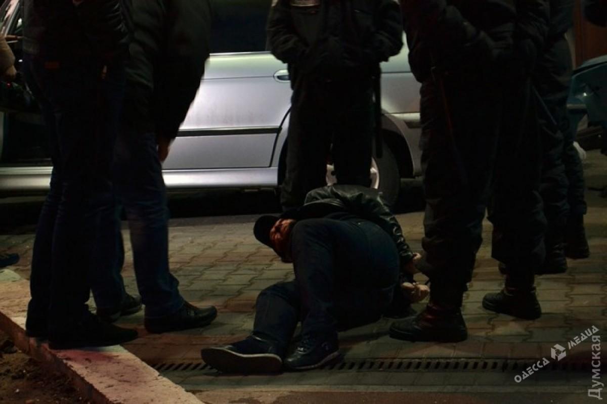КОРД сострельбой задержал вОдессе вооруженную группировку иностранцев