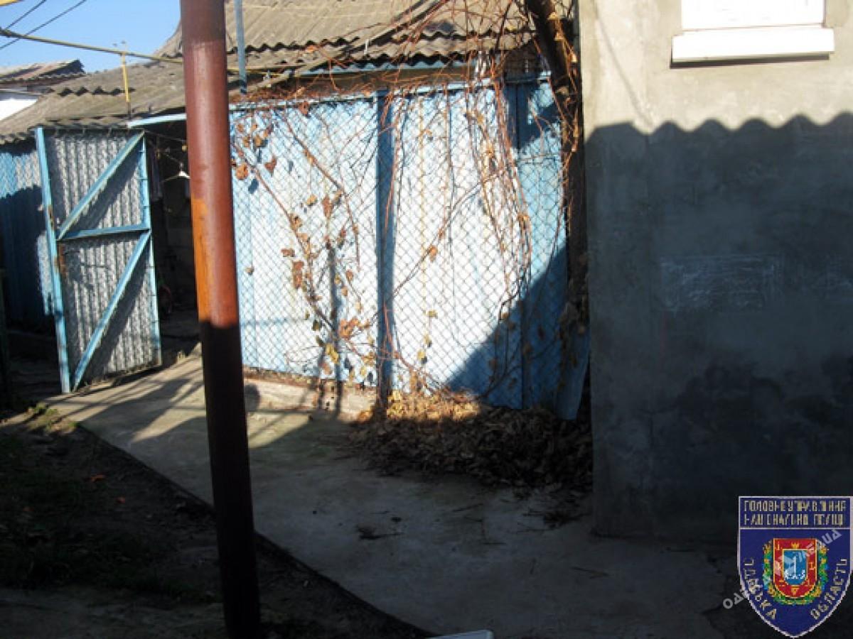 Несостоявшееся убийство вЧерноморке: иностранец приревновал свою женщину кодесситу