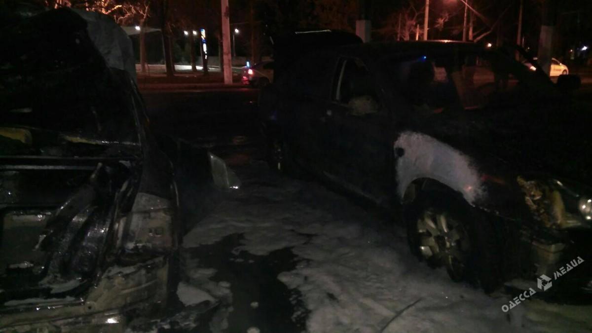 В итоге поджога автомобиля вОдессе произошел взрыв