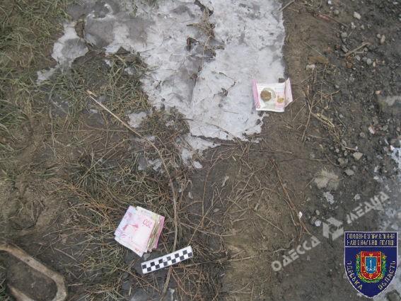 19-летний парень под Одессой ограбил почтальона