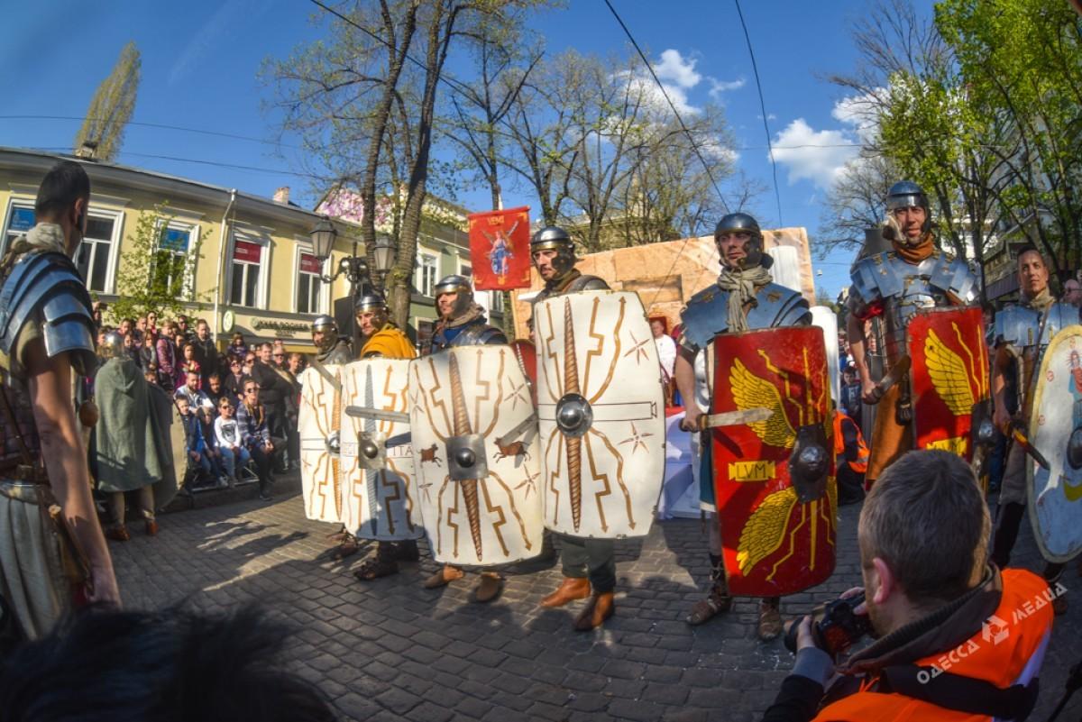 3bafc434571ad087cd0c4d9789afe87c Страсти Христовы: в Одессе прошла костюмированная пасхальная реконструкция