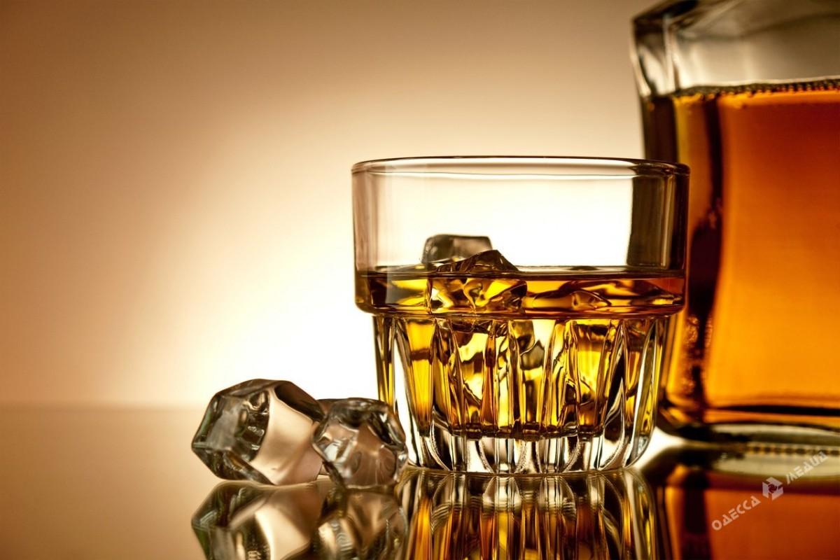 ВОдесской области изъяли неменее 2 тыс. лконтрафактного алкоголя