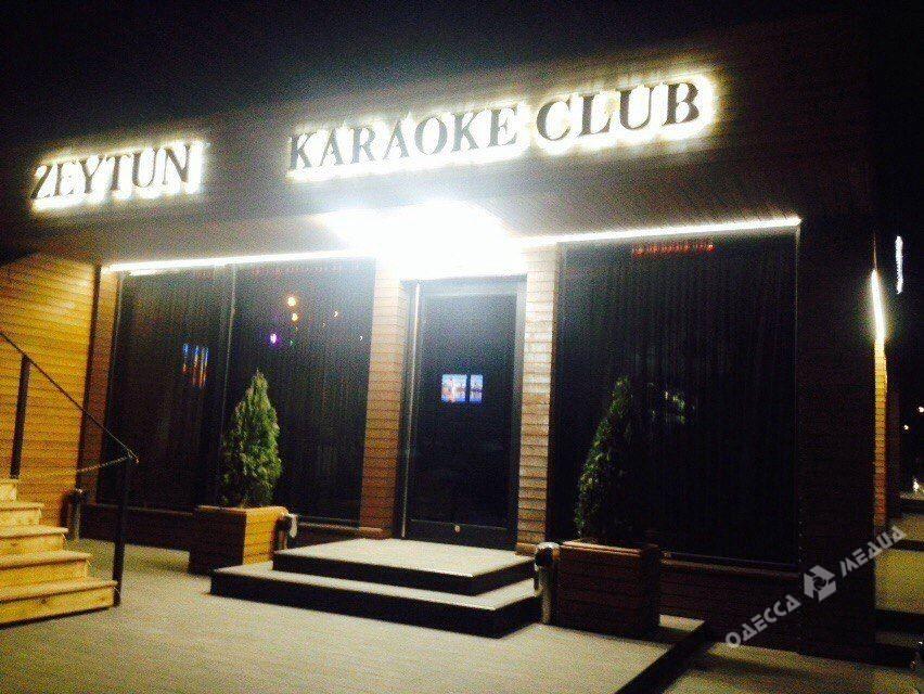 Массовая драка сострельбой произошла вночном клубе Измаила: четверо пострадавших