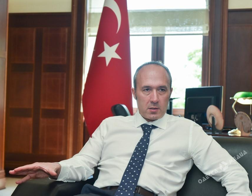 Эрдоган открыл монумент жертвам попытки госпереворота