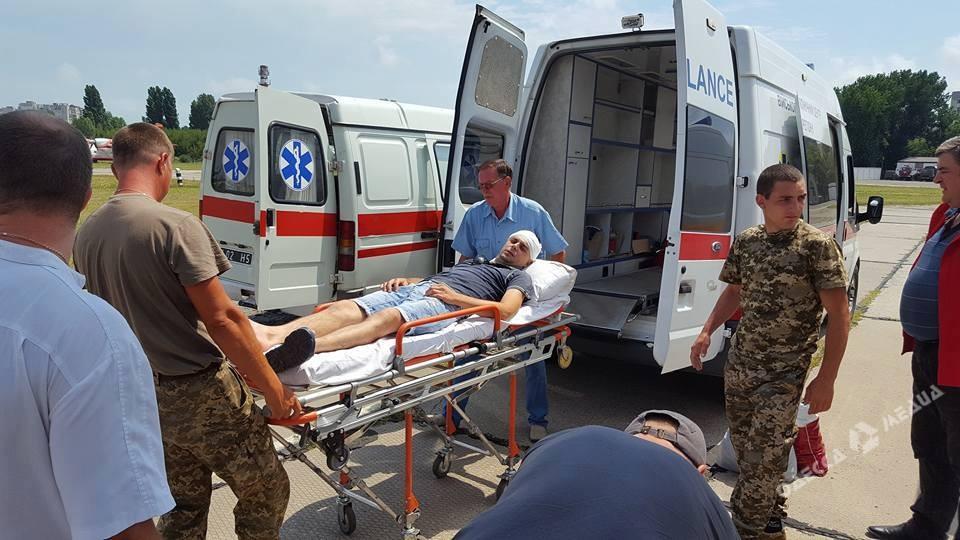 ВОдессу доставили 14 раненых украинских военных