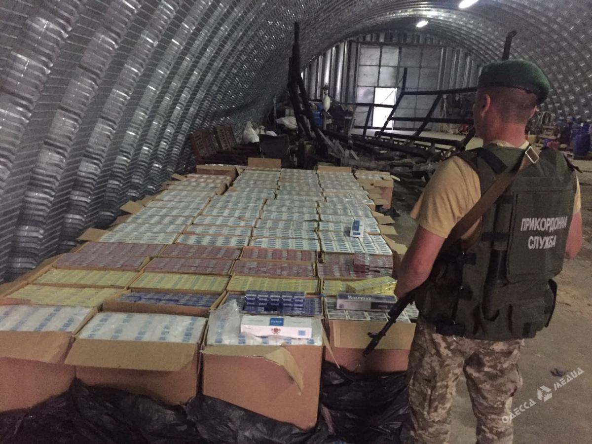 ВОдесской области перекрыли международный канал контрабанды сигарет, который организовал прошлый пограничник