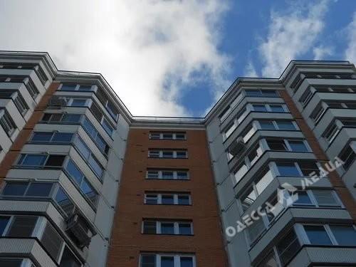 Трагедия в Одессе 5-летний ребенок выпал из окна многоэтажки