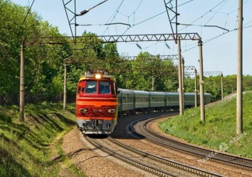 «УЗ» планирует запустить современный дизель-поезд изОдессы вРумынию