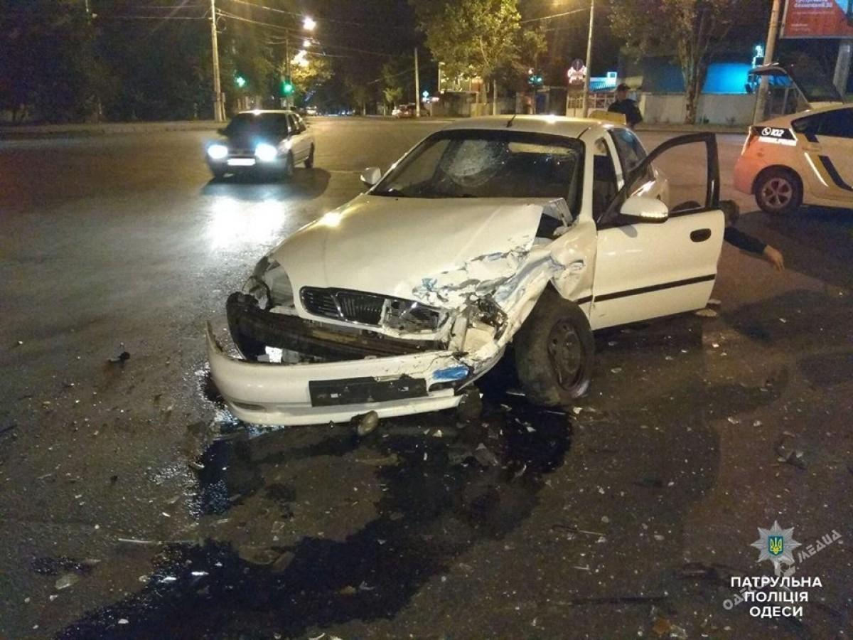 Утреннее столкновение вОдессе: четверо пострадавших