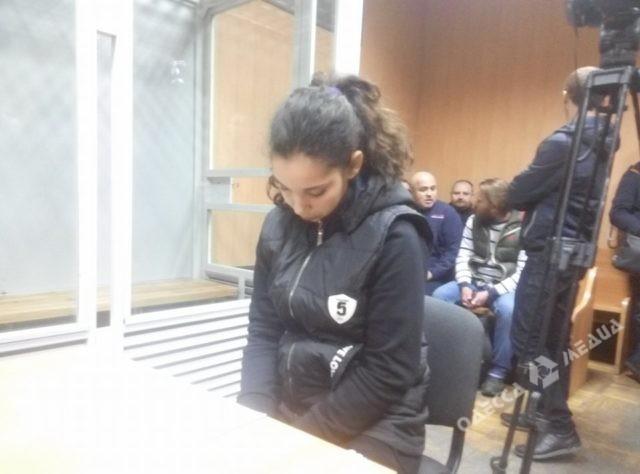 Суд посадил под домашний арест несовершеннолетнюю похитительницу ребенка изОдессы