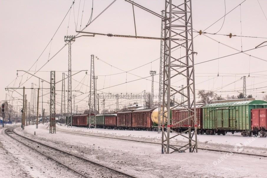 ВОдесской области мужчина наавтомобиле попал под поезд