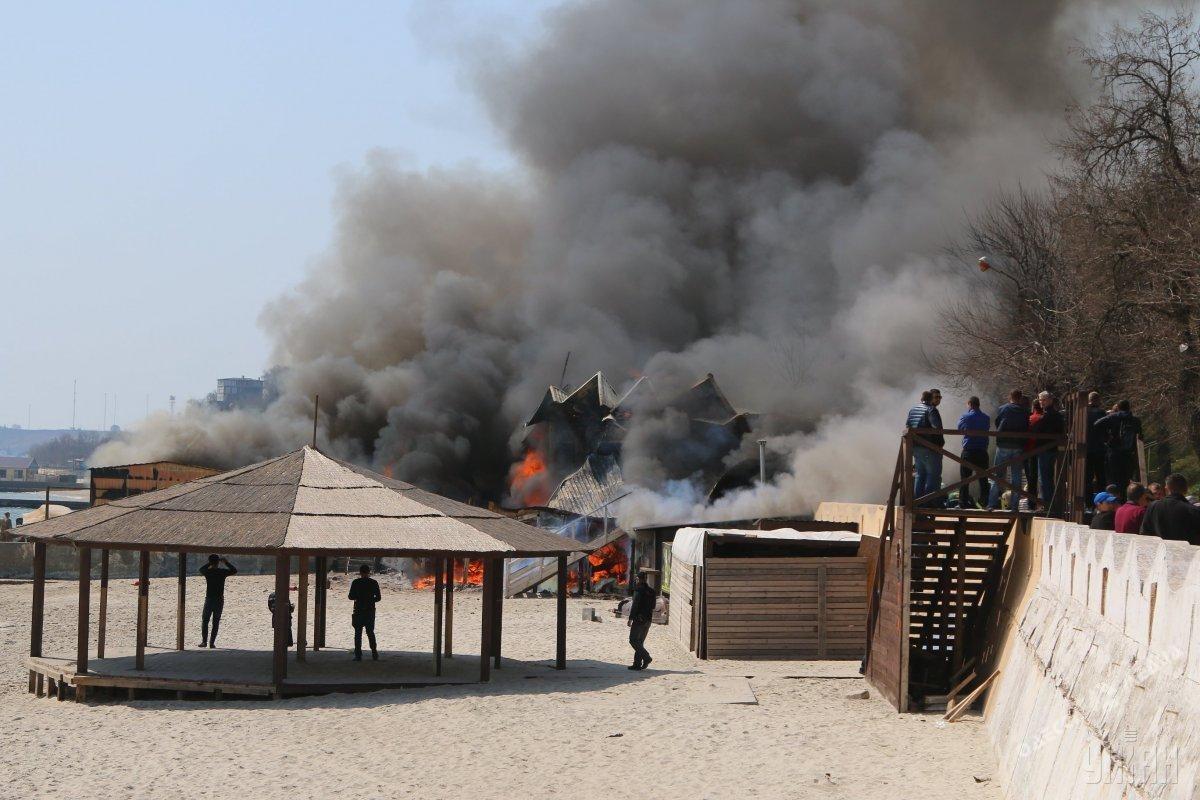 Пожар вресторане «Песок» нанес Одессе 2 млн грн ущерба