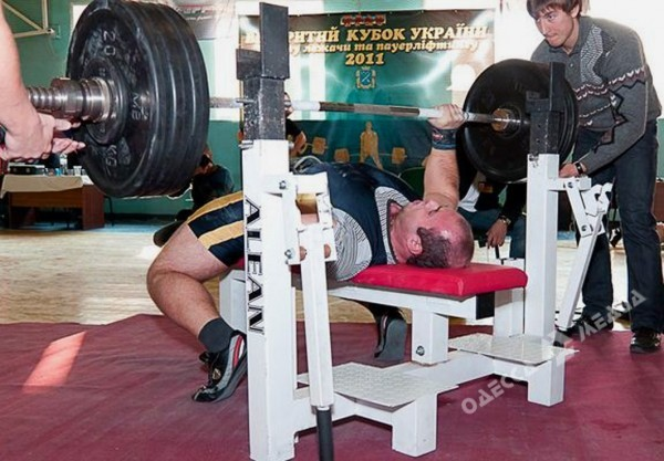 powerlifting hernia