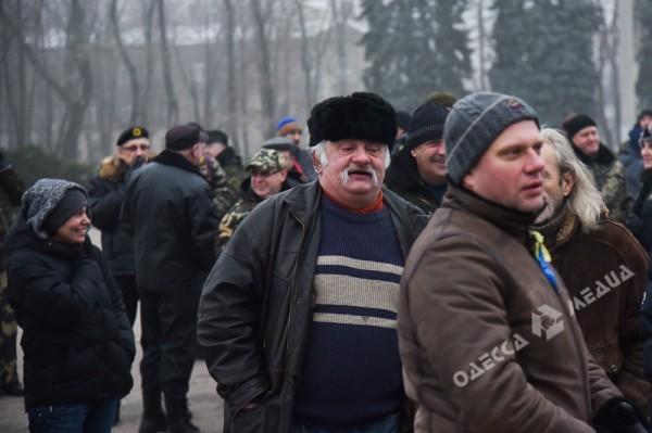 В Одессе милиция живой стеной разделила «Самооборону» и «Антимайдан» (ФОТО), фото-14