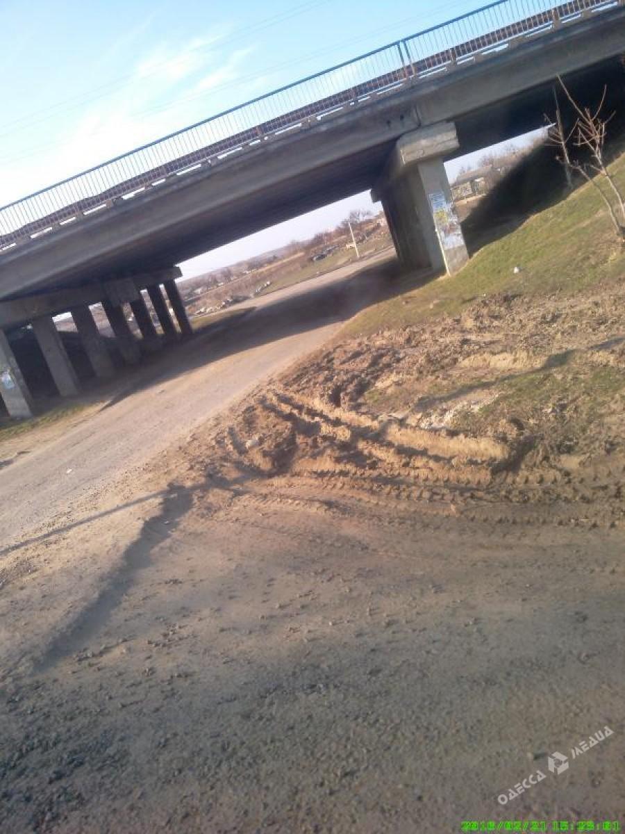 38b33252101a1f3c2118291f4f0f1b97 Одесская область: из-за отсутствия дорог к людям не доезжает «скорая»