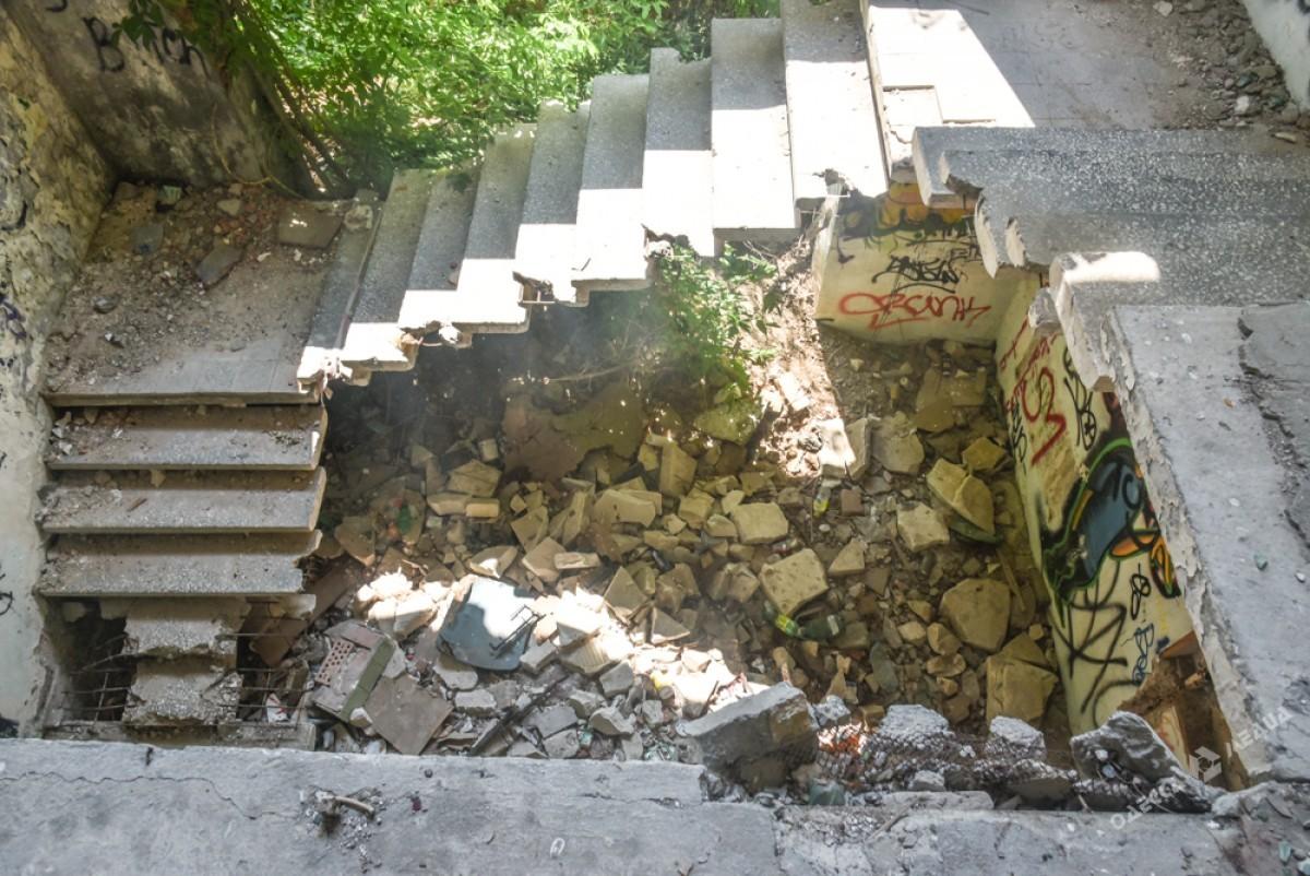 988e4a98740356cb7ae9f65d0d989e7a Боль Одессы: развалины и воспоминания