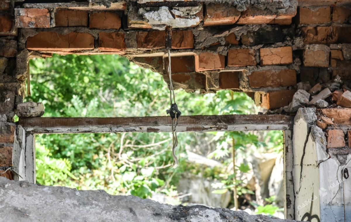 cc97642e96e449f73fbe1bc55eaa9fd4 Боль Одессы: развалины и воспоминания
