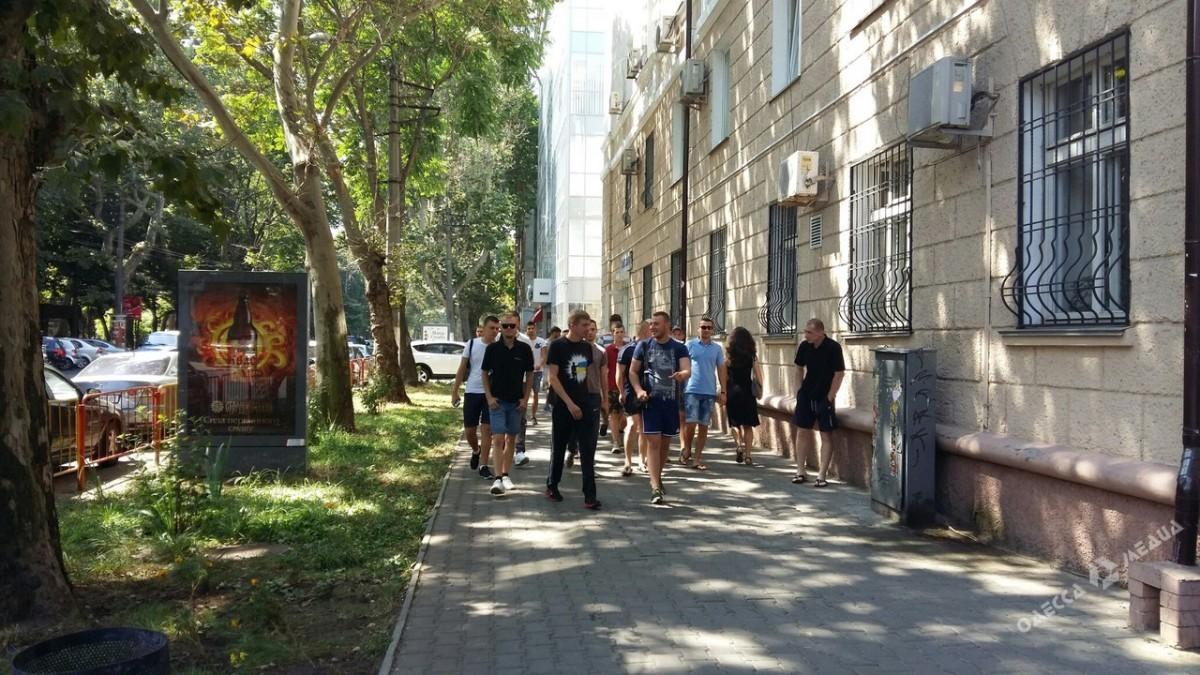 d25c417994130eca1bc4b56e64134d80 В Одессе проще собрать митинг, чем заплатить налоги