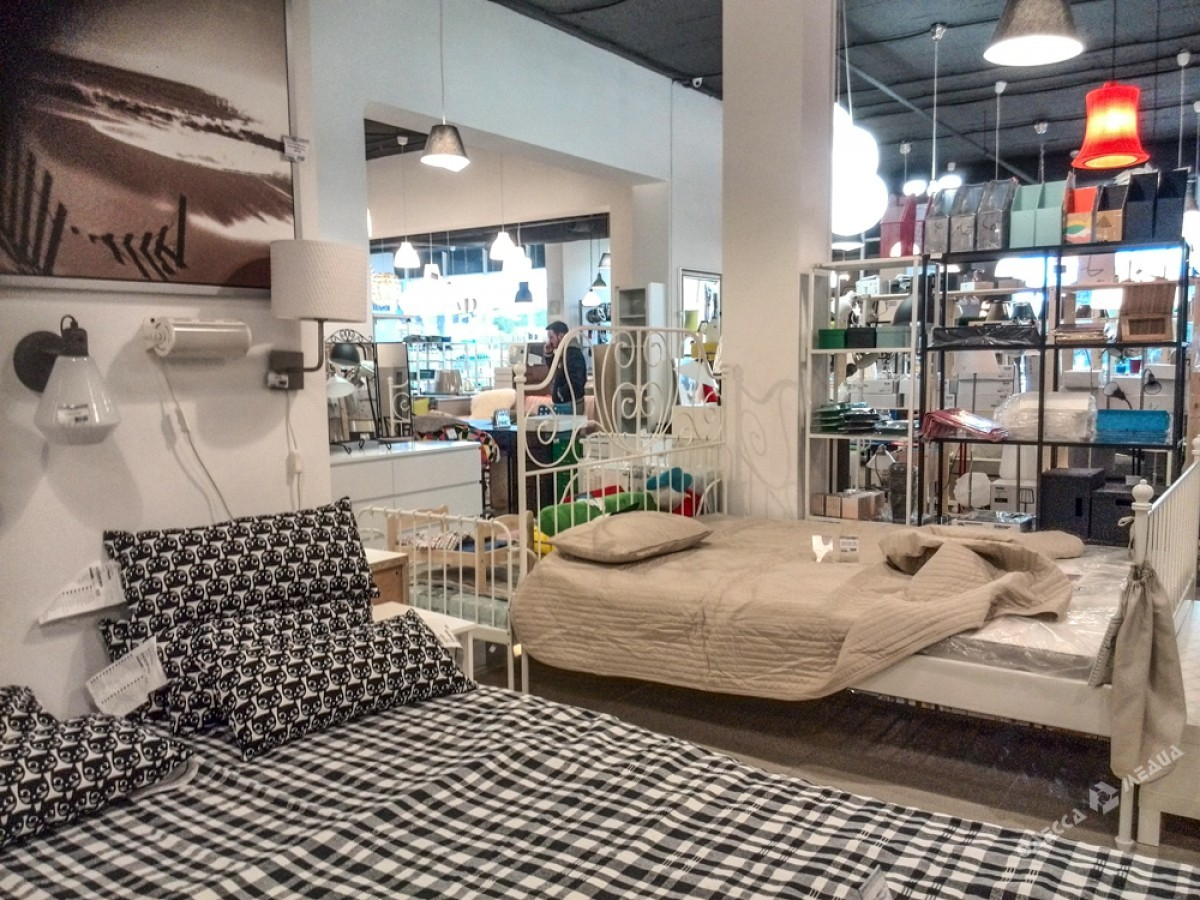 бизнесмен открыл в одессе магазин Ikea нарушив авторское право иа