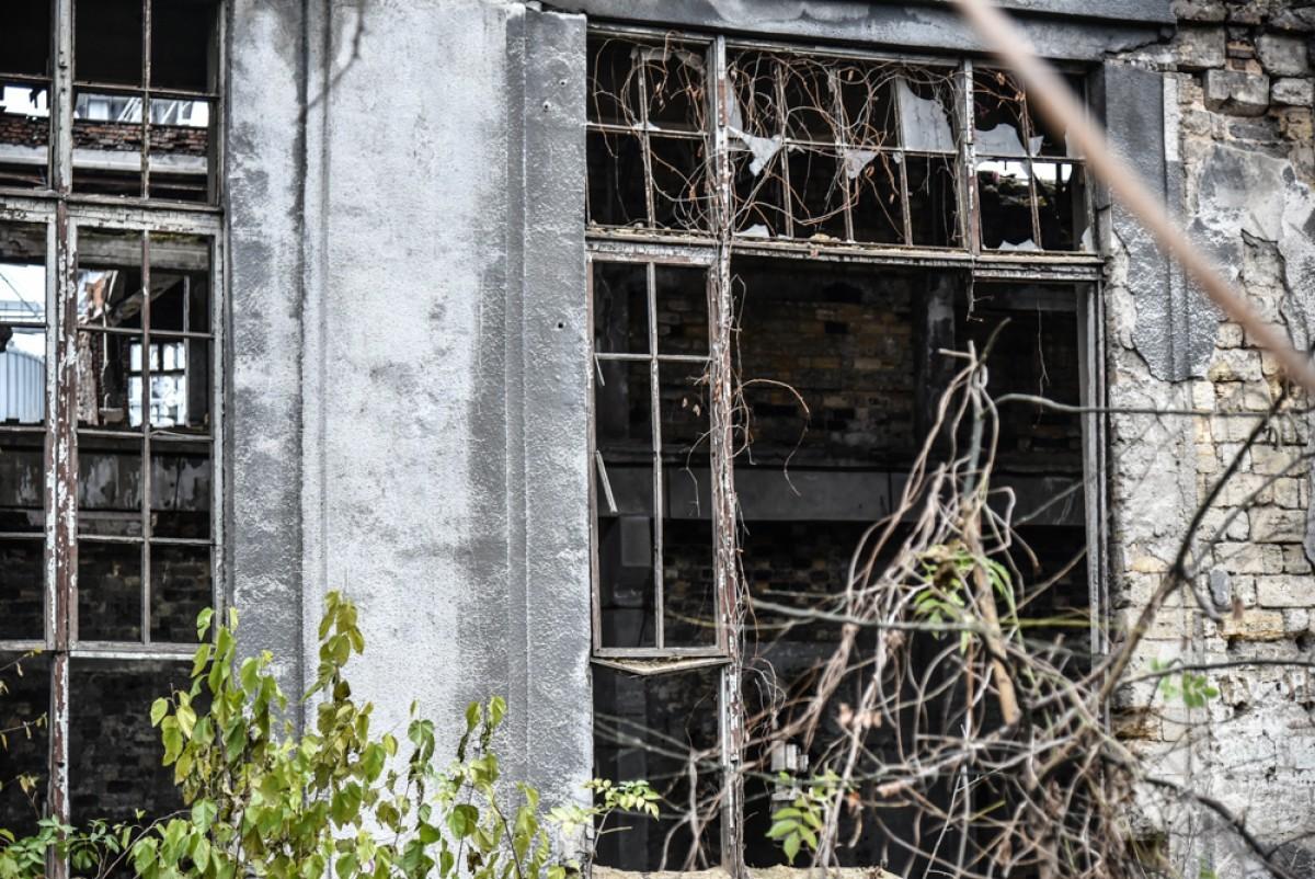 0d5f3839587515f6193c20d4f549ee93 Одесса: завод, который был гордостью страны, превратился в развалины