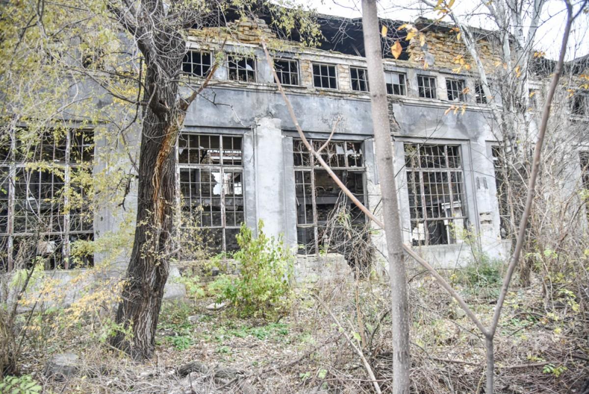 605df67853683b09f4bd475c8396d687 Одесса: завод, который был гордостью страны, превратился в развалины