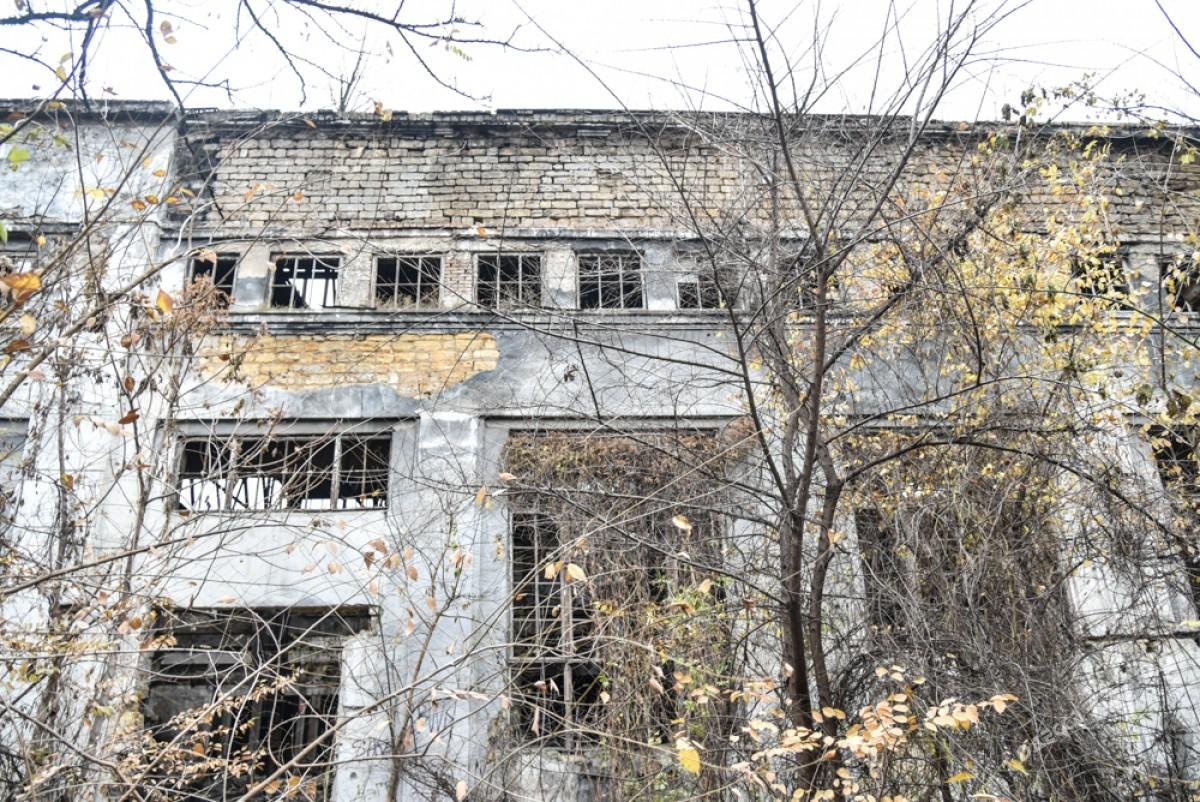7b4e34585cb83195851520b6b4c274d3 Одесса: завод, который был гордостью страны, превратился в развалины