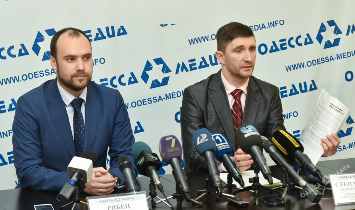 6f68dc8f1ee07ab0f9862375c33db548 Одесские эксперты готовятся к доллару по 40 гривен