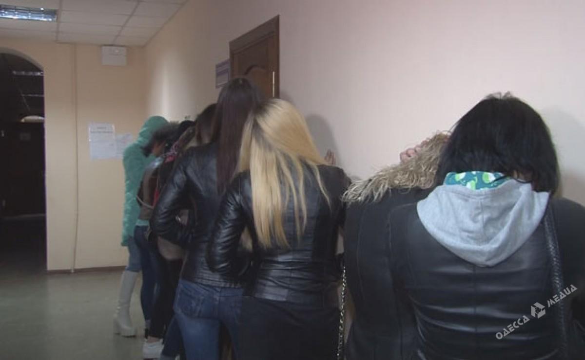 Рейд на проституток заказать индивидуалку в Тюмени ул Рейдовая