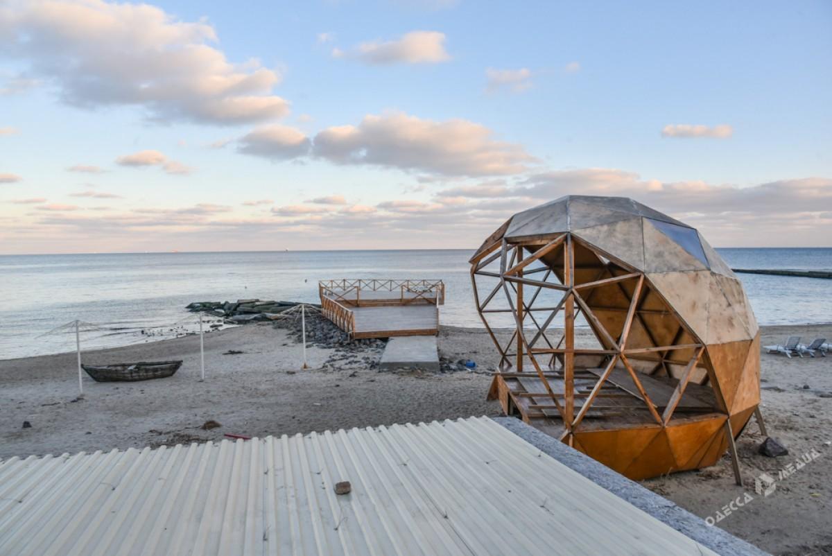 4d62466debf13d99cb8d2d9fb674359e Последний день осени одесситы встретили на море (ФОТО)