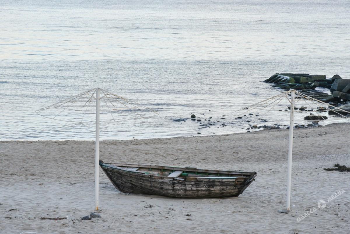688df0068c498047418edb22b317585d Последний день осени одесситы встретили на море (ФОТО)
